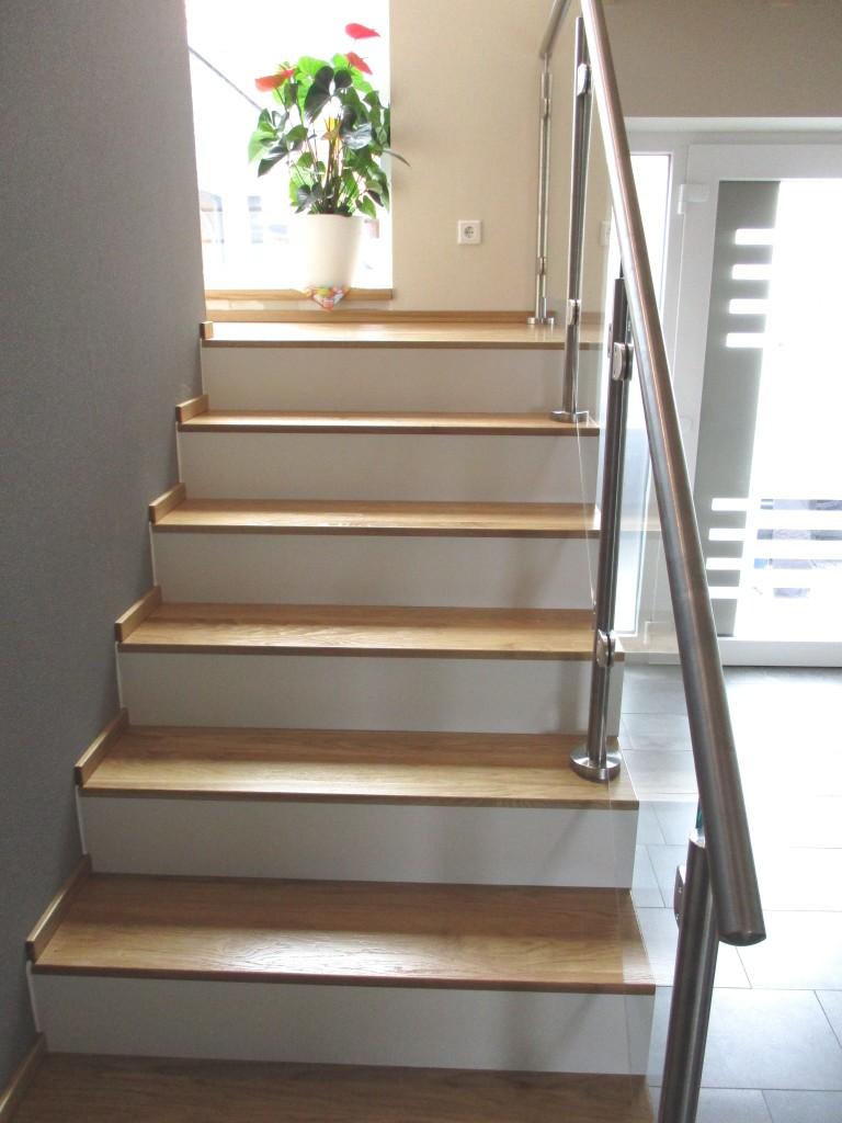 neuer stauraum unter der treppe. Black Bedroom Furniture Sets. Home Design Ideas